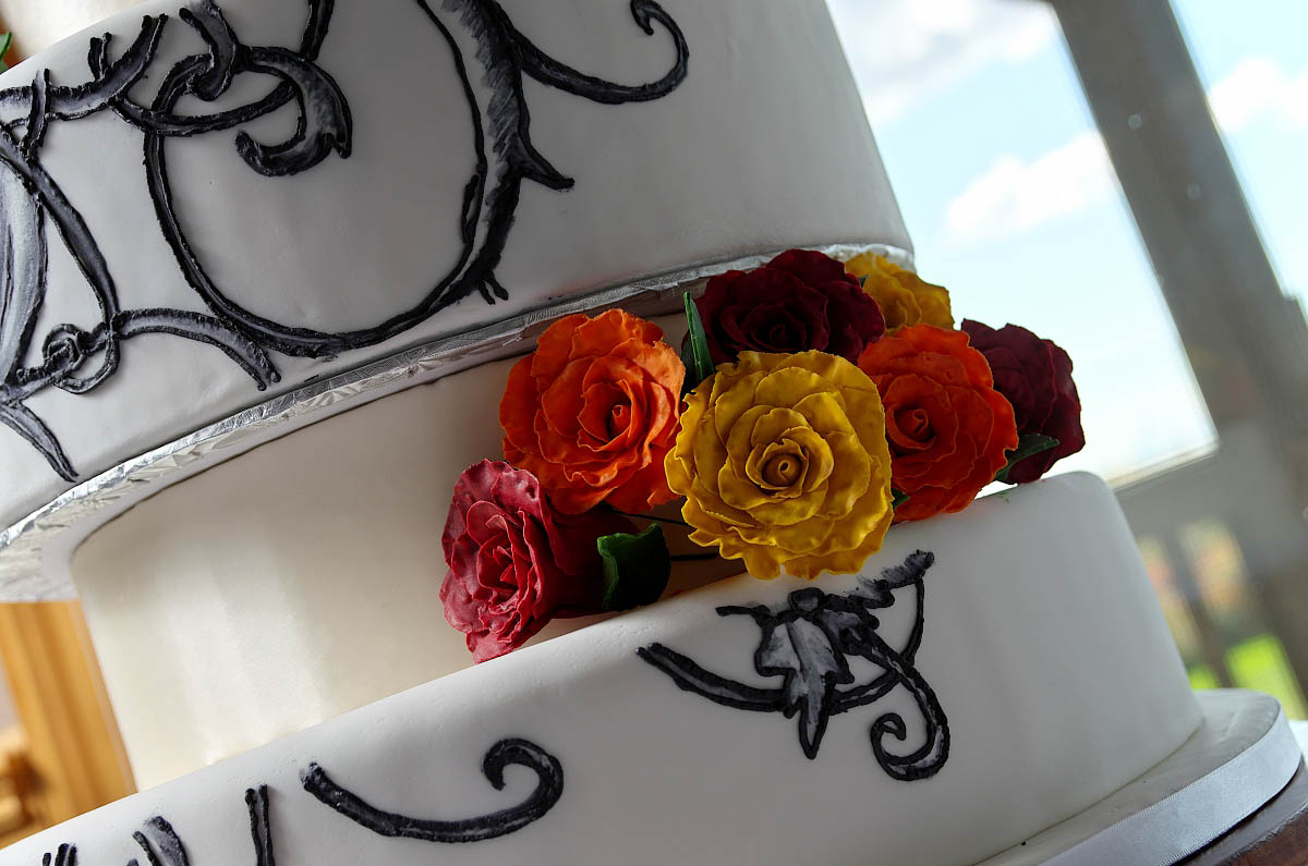 Delicious wedding cake at Eganridge Resort wedding