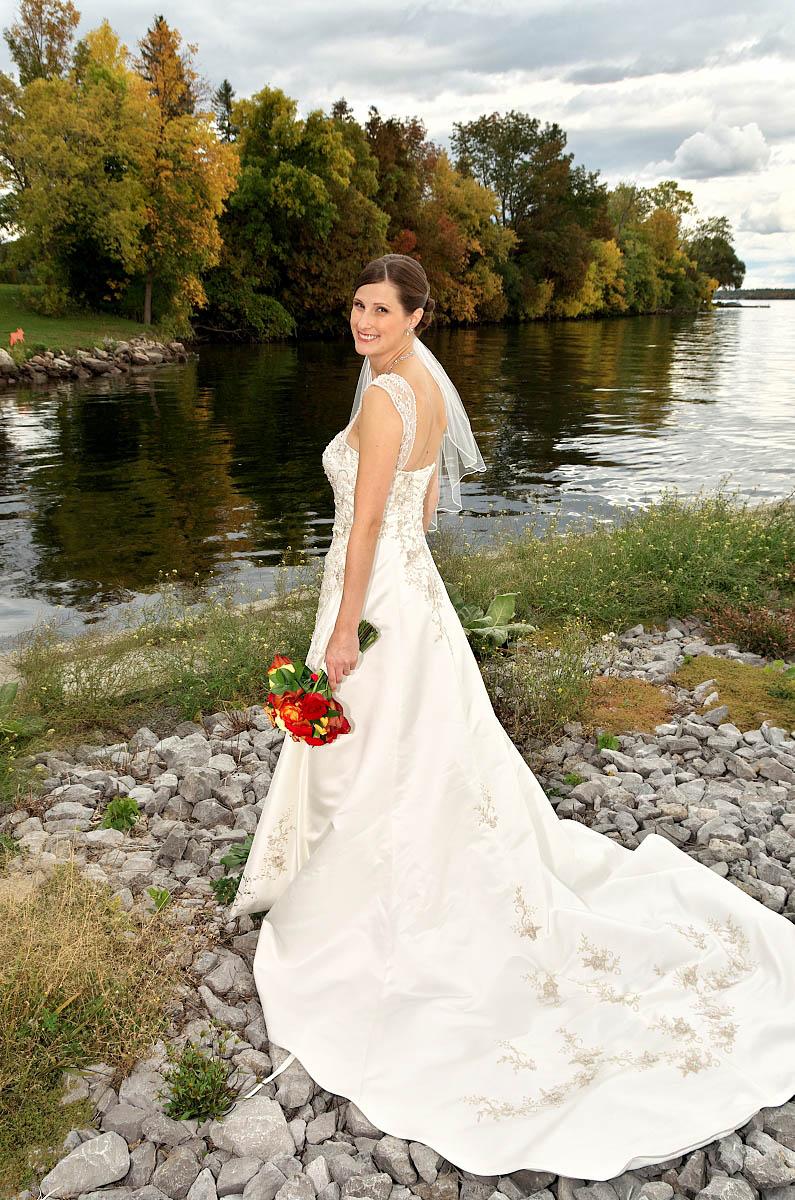 Beautiful bride by Sturgeon Lake at Eganridge wedding