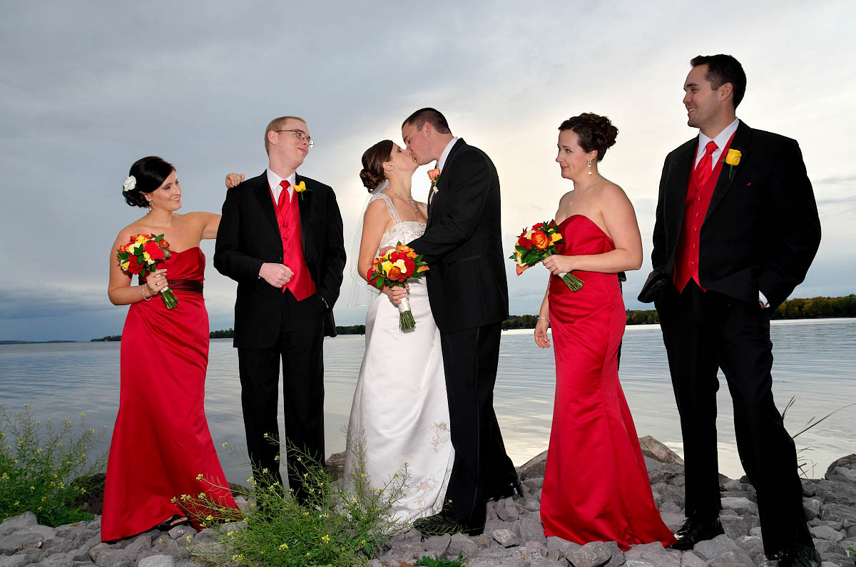 Wedding party by Sturgeon Lake at Eganridge wedding