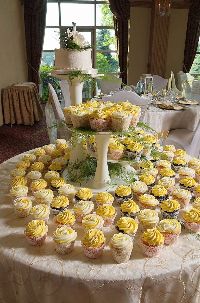 wedding cake and delicious cupcakes at caledon wedding at Royal Ambassador