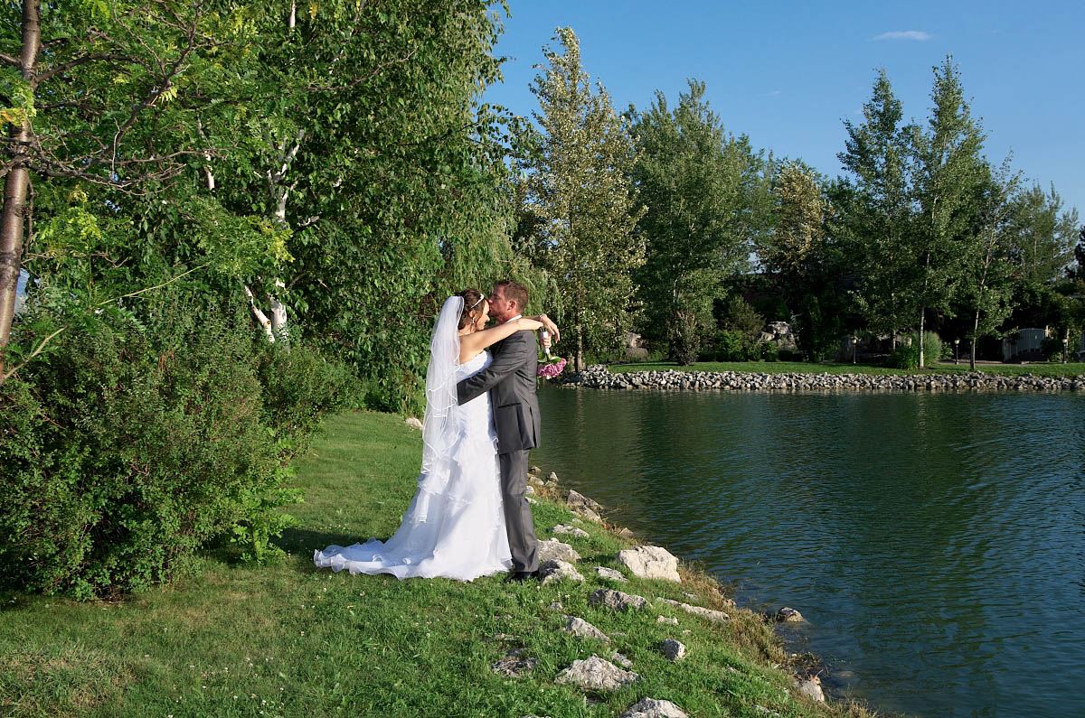 kiss by the lake alliston