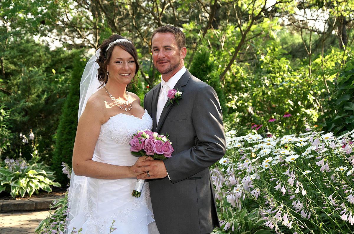 wedding couple in garden alliston