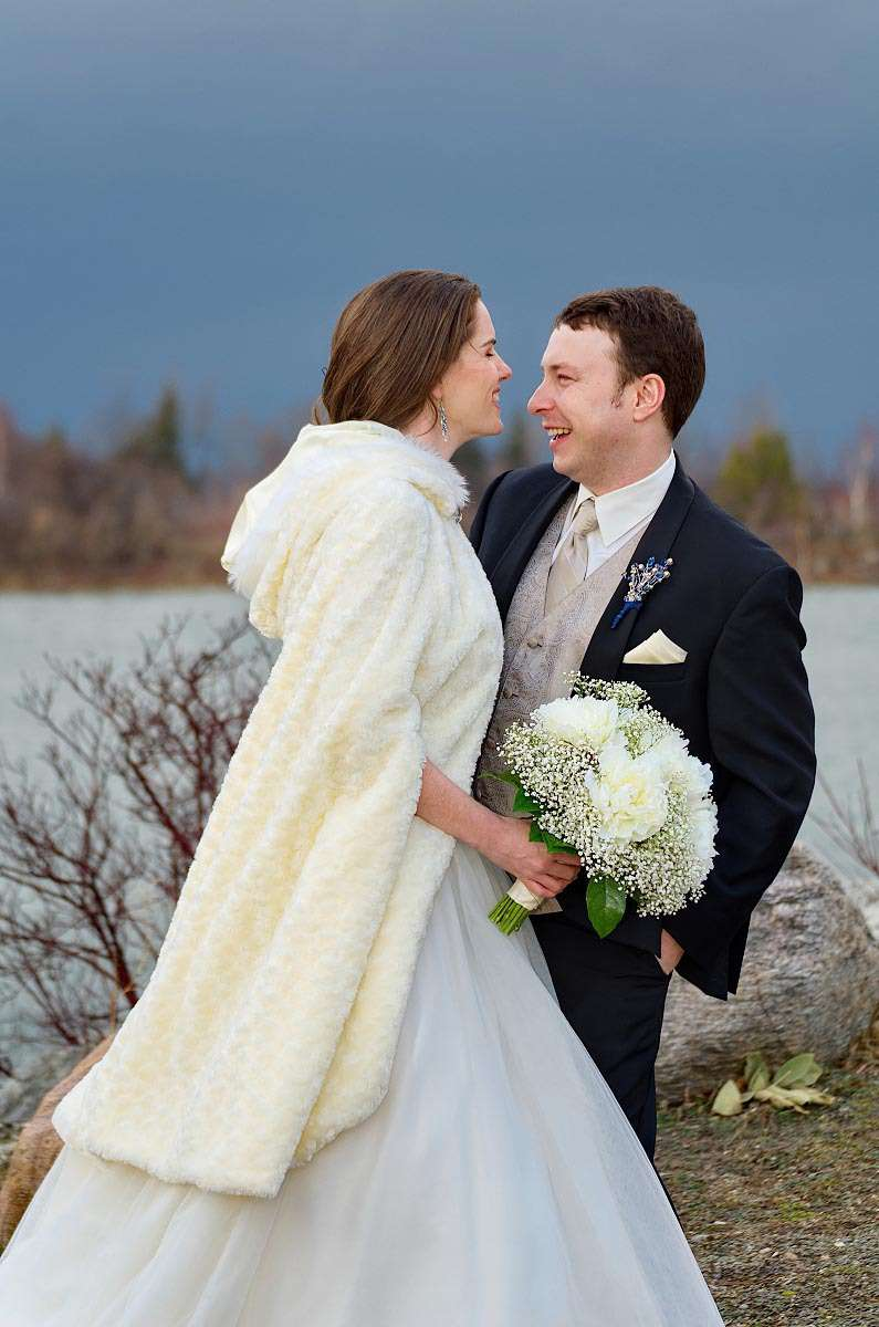 winter wedding at cranberry 10