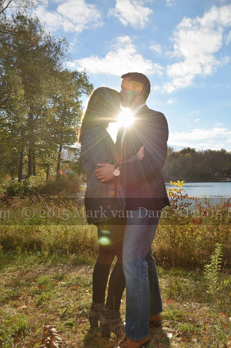 Kiss by the water with sunburst, Orillia photographer