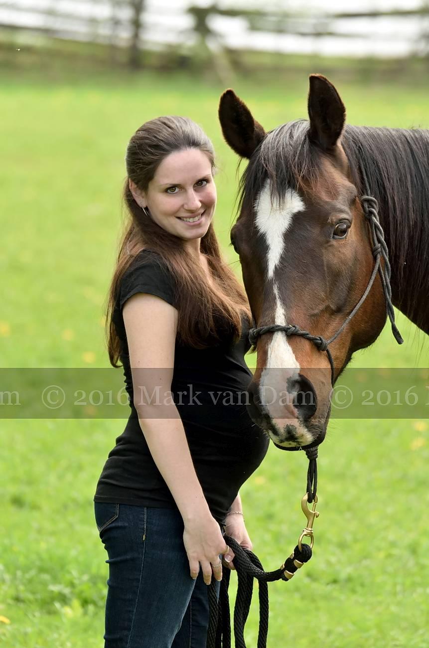barrie maternity photographer collingwood maternity waaga maternity A267