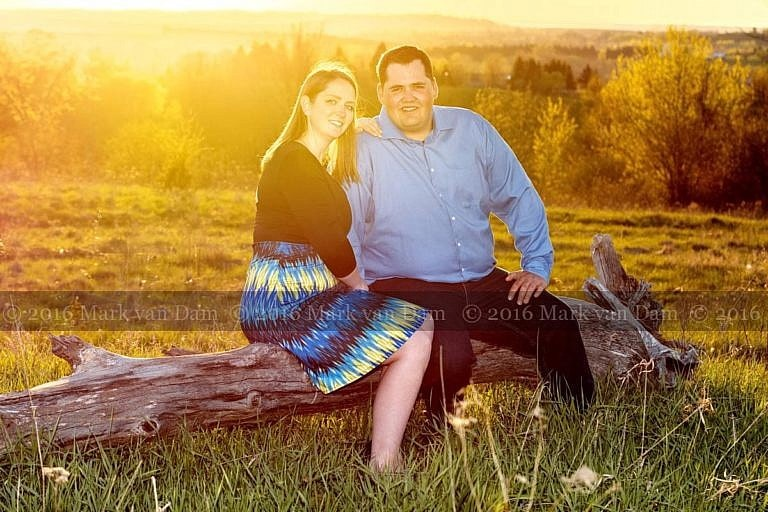 kawartha lakes engagement photographer B127_1