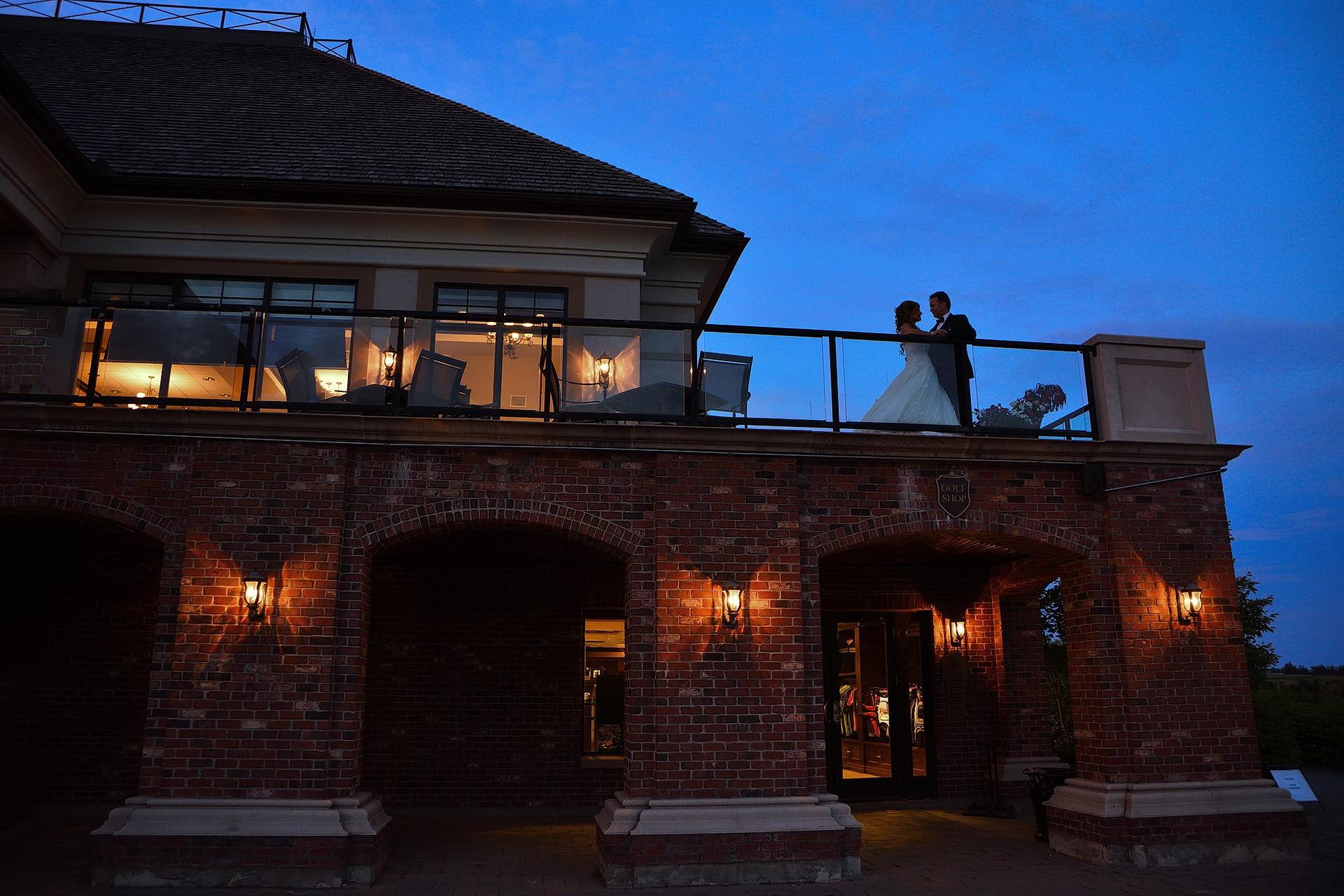 club-at-bondhead-wedding-photography-by-mark-van-dam