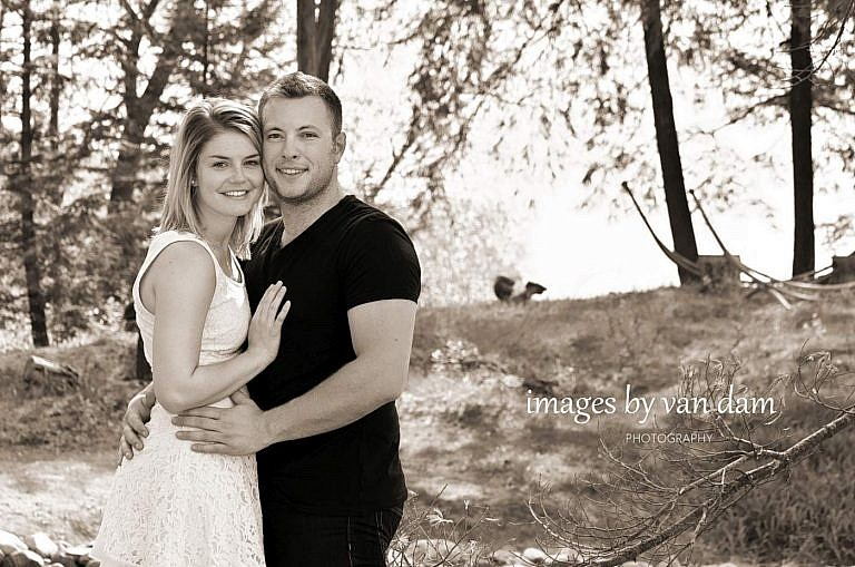 kawartha lakes photographer peterborough photographer country engagement-25