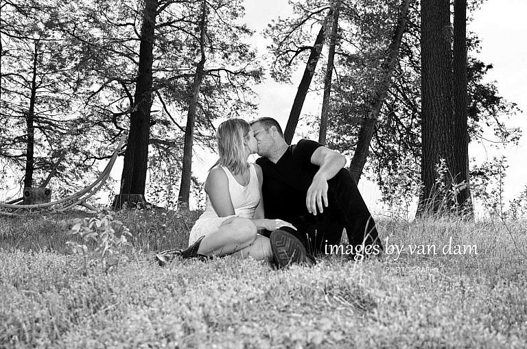 kawartha lakes photographer peterborough photographer country engagement-44