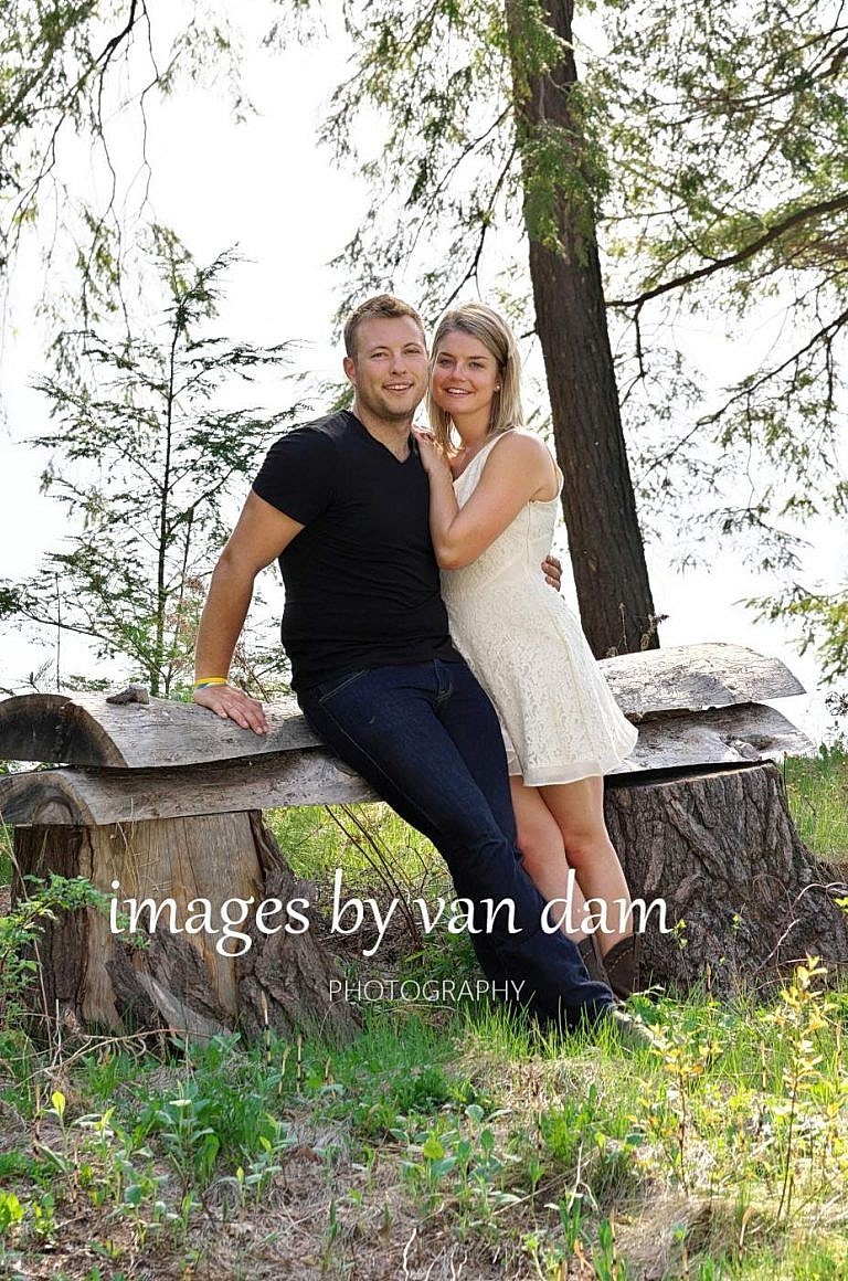 kawartha lakes photographer peterborough photographer country engagement-59