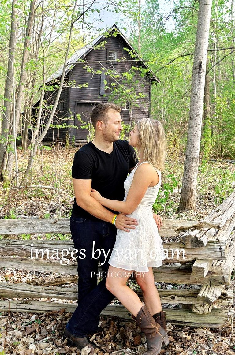 kawartha lakes photographer peterborough photographer country engagement-63