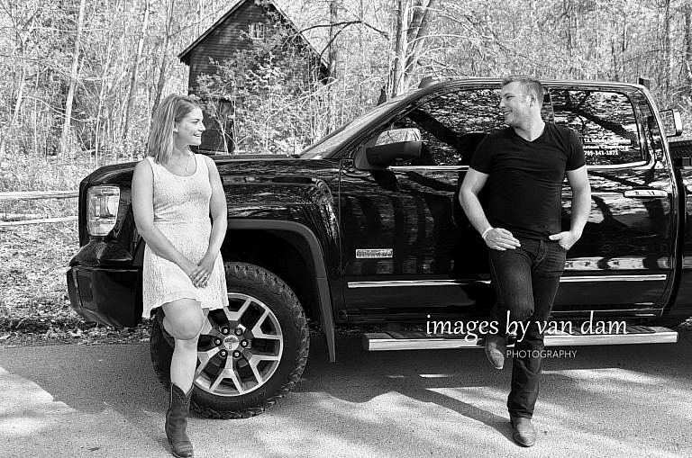 kawartha lakes photographer peterborough photographer country engagement-77