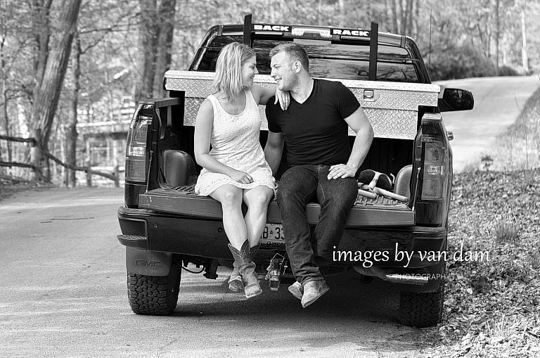 kawartha lakes photographer peterborough photographer country engagement-82