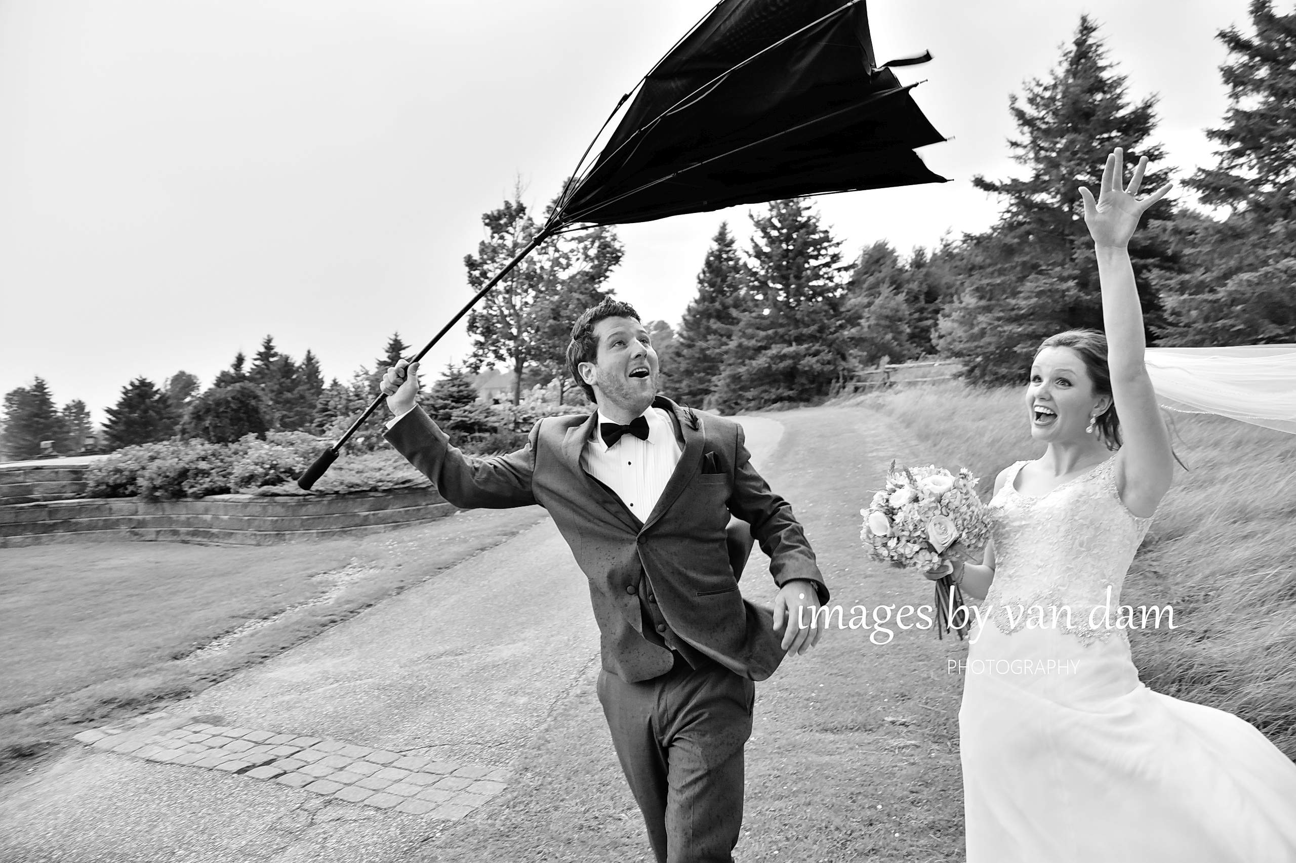 Storm passes through at Orillia wedding at Hawkridge Golf Course