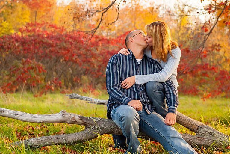 kingston photographer lamoine point engagement photography