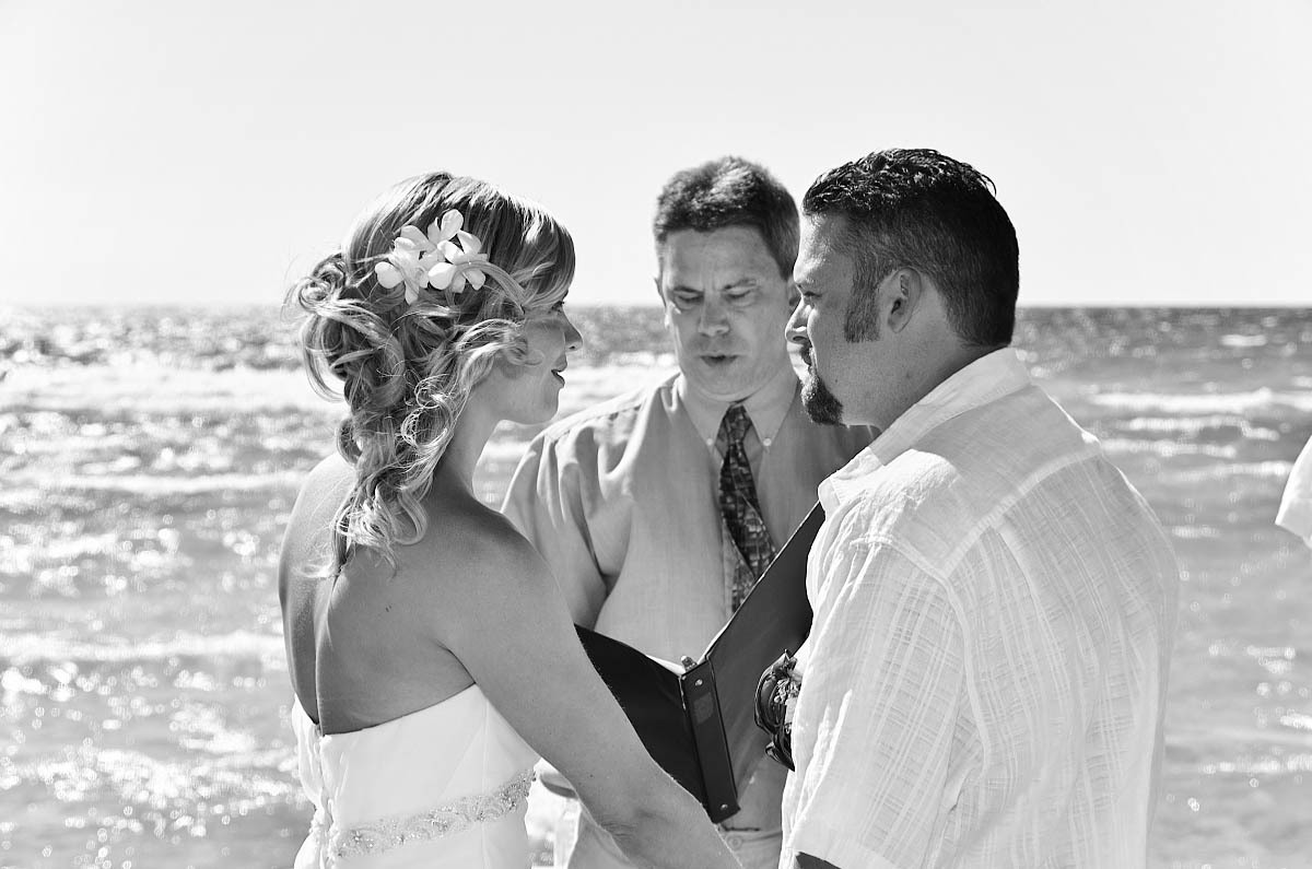 wasaga wedding ceremony on georgian bay at bluewater beach
