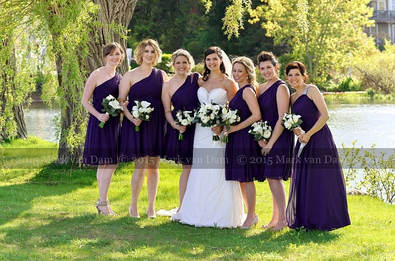 Collinwood photographer, bridal party under giant willow trees at Cranberry Resort wedding