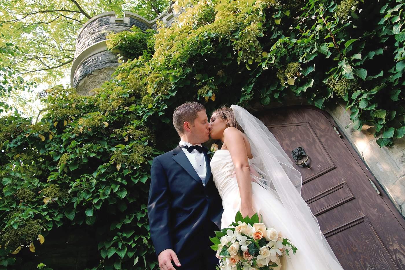 Casa Loma wedding GTA photographer Toronto wedding photographer